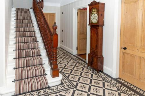 Hallway 4-min
